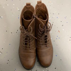 Universal Thread brown lace boots